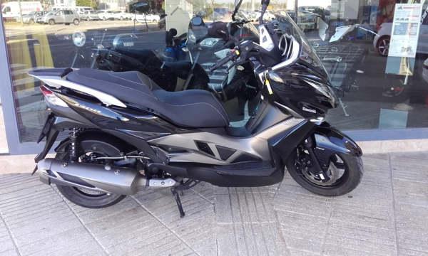 Kawasaki J 300 ABS moto usada en VFerrer