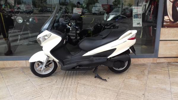 Suzuki Burgman 125 scooter usada en VFerrer