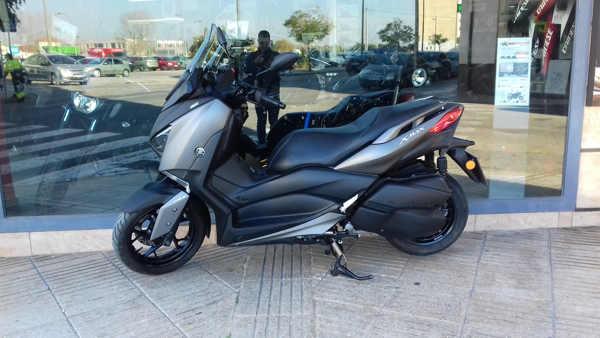 YAMAHA X-MAX 300 moto usada en VFerrer