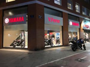 Abrimos por fin las puertas de nuestro nuevo concesionario VFerrer Yamaha Valencia en la calle Eivissa