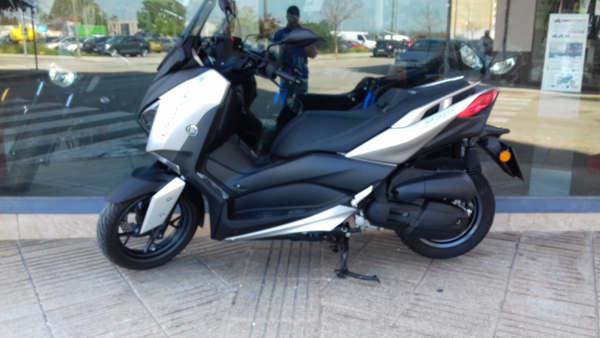 YAMAHA X-MAX 125 2018 moto usada en VFerrer