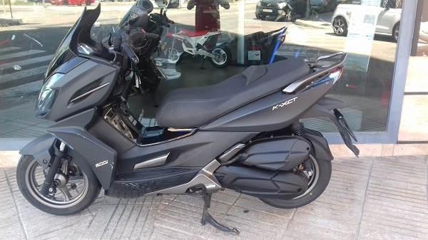 Kymco K-XCT 300i del 2016 gris moto usada de ocasion en VFerrer